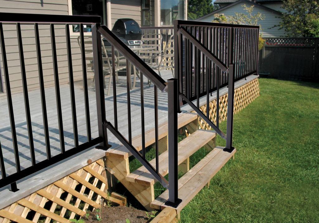 Narrow-Stair-Black-Picket-Railing
